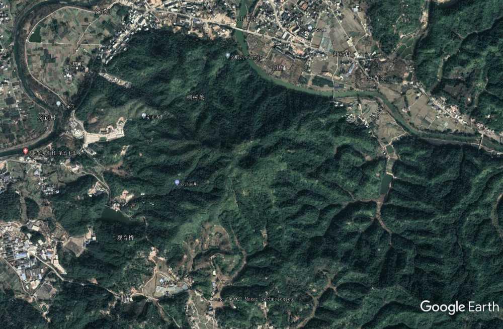 师福村死火山